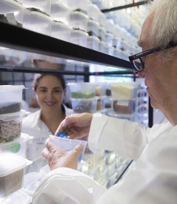 Elena y Juan Mari Arzak en el Laboratorio